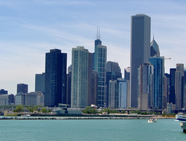 Downtown-Chicago-skyline