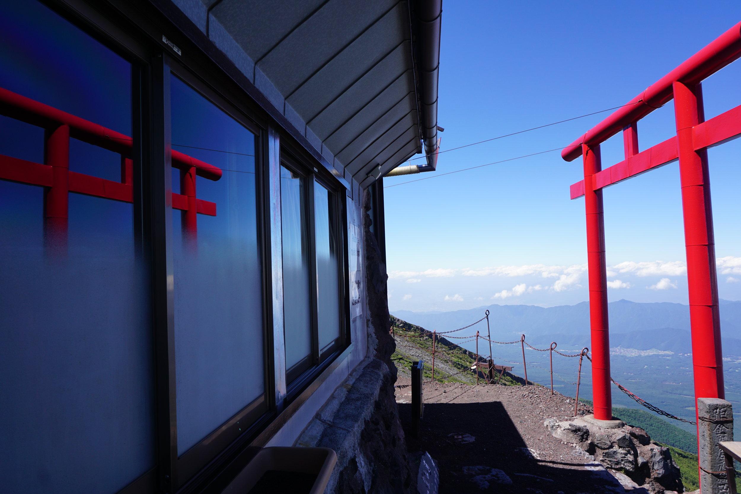 fuji_tori_reflection