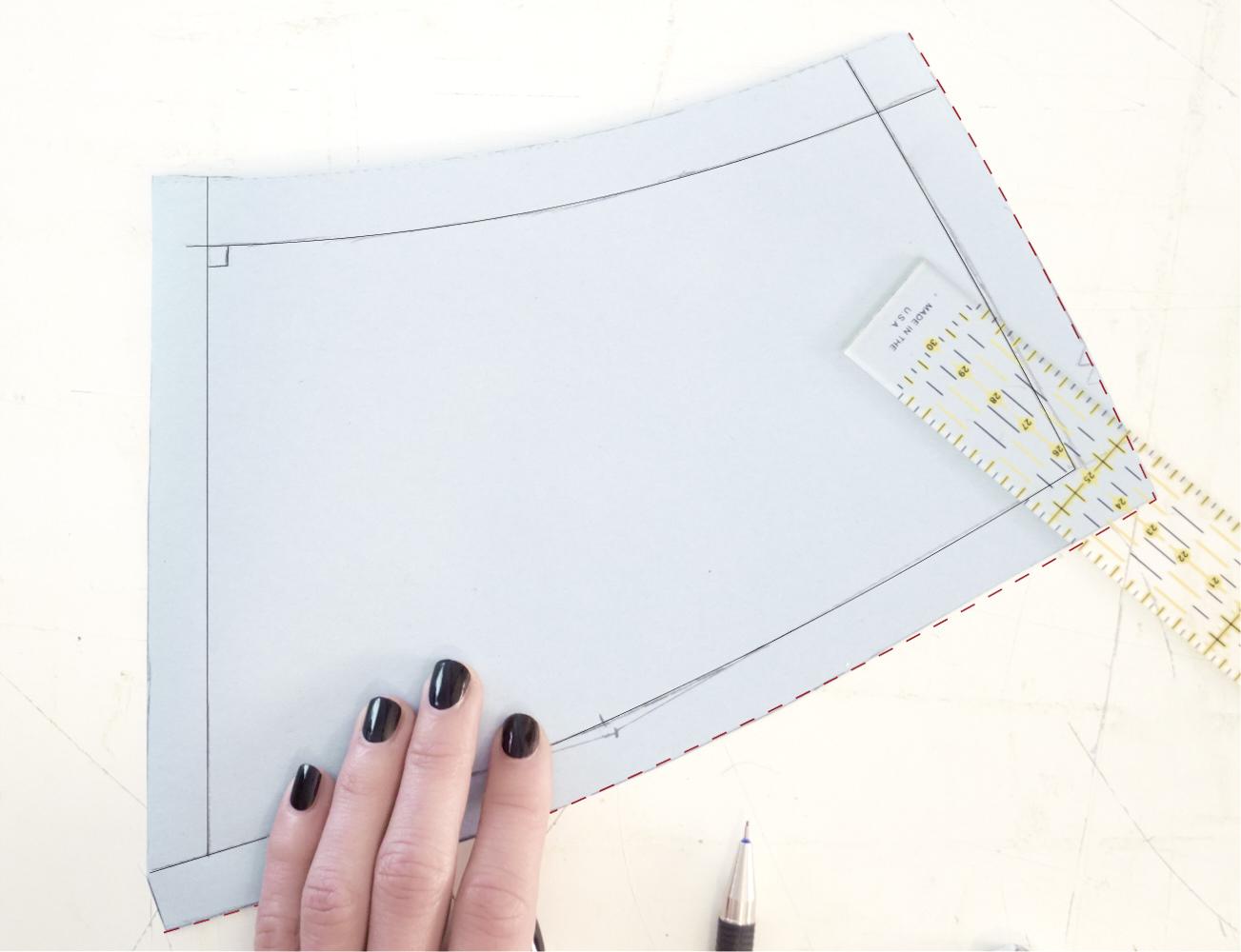 ::::add seam allowances to finish the pattern piece ::aggiungi margini di cucitura per completare il modello ::::