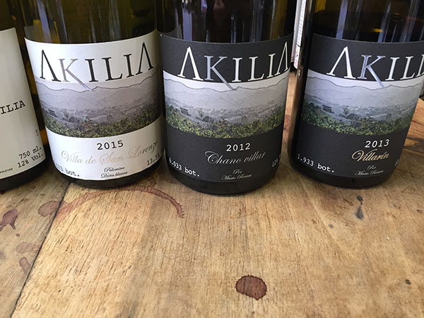 Vinos de Akilia: Villa de San Lorenzo 2015, Chano Villar 2012 y Villarín 2013