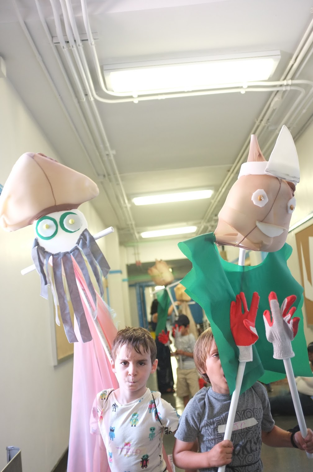 Giant wearable puppets