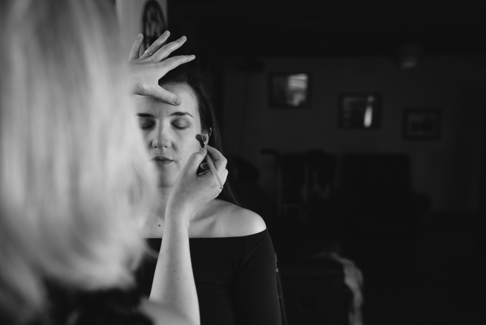 Bride getting ready - Wedding Photography