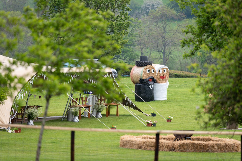 Hay bales dressed as Bride & Groom