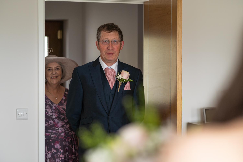 Brides parents first look at bride