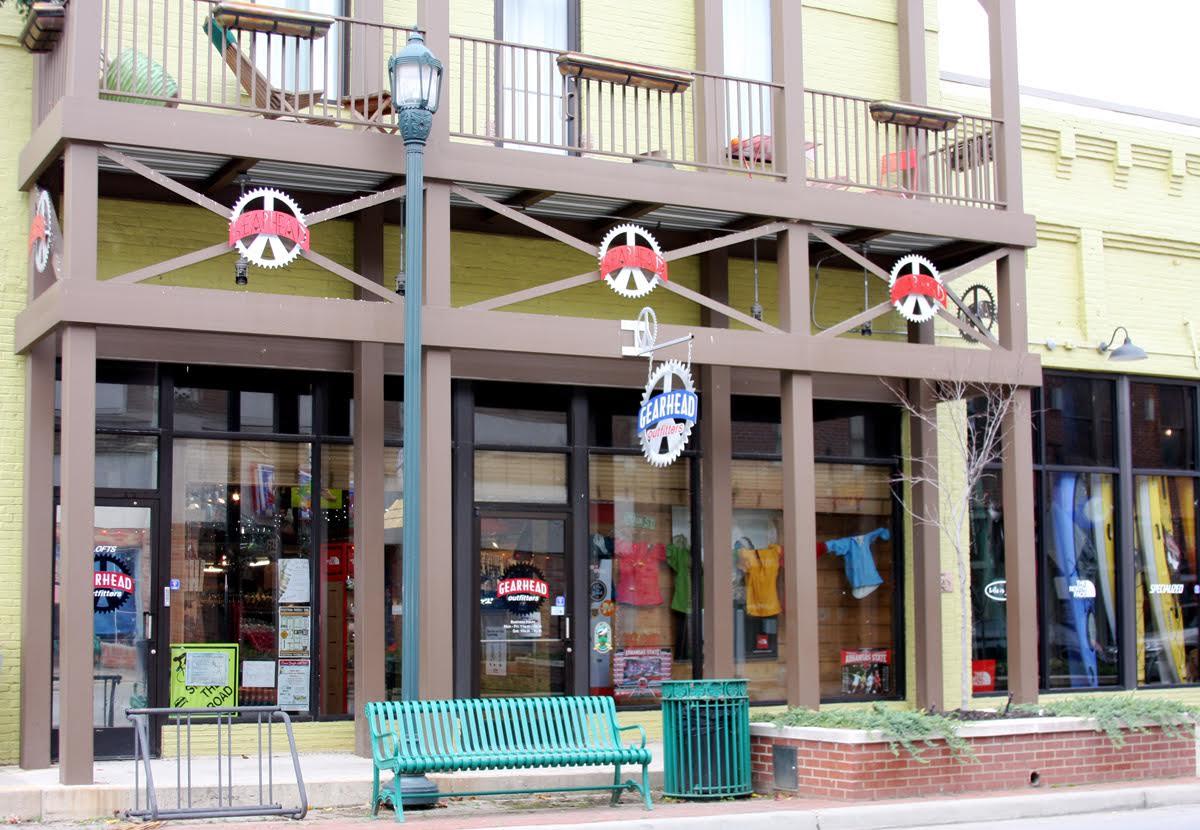 Gearhead's first location in Jonesboro, AR.