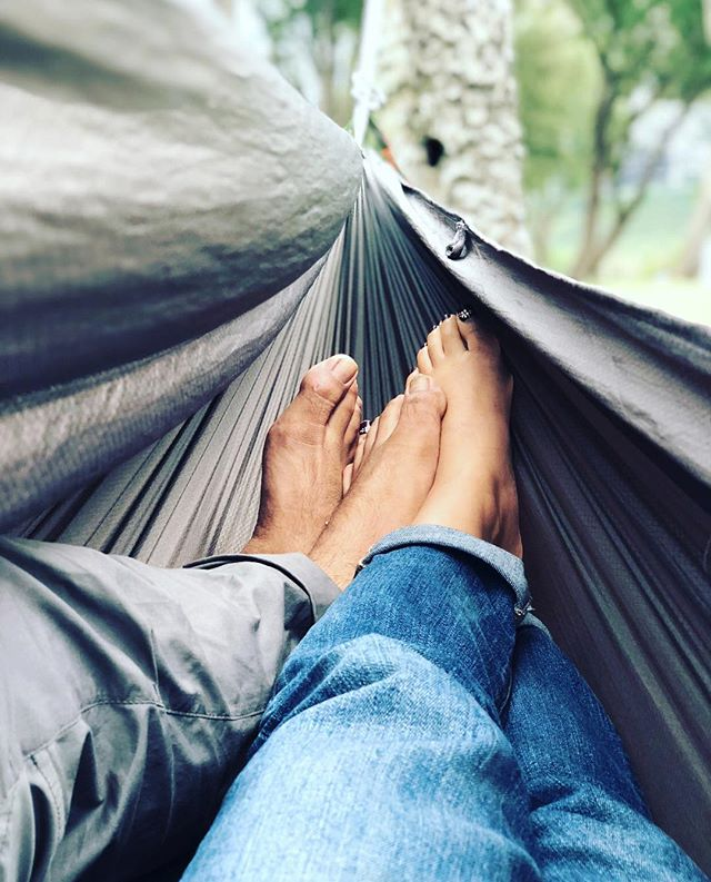 Pro tip: The Roo Double offers naturally-induced cuddling for any slow weekend hang. Have a favorite lazy day spot? Share it with #CampKammok to be featured. Thanks for showing us yours, @psjoniemarie!