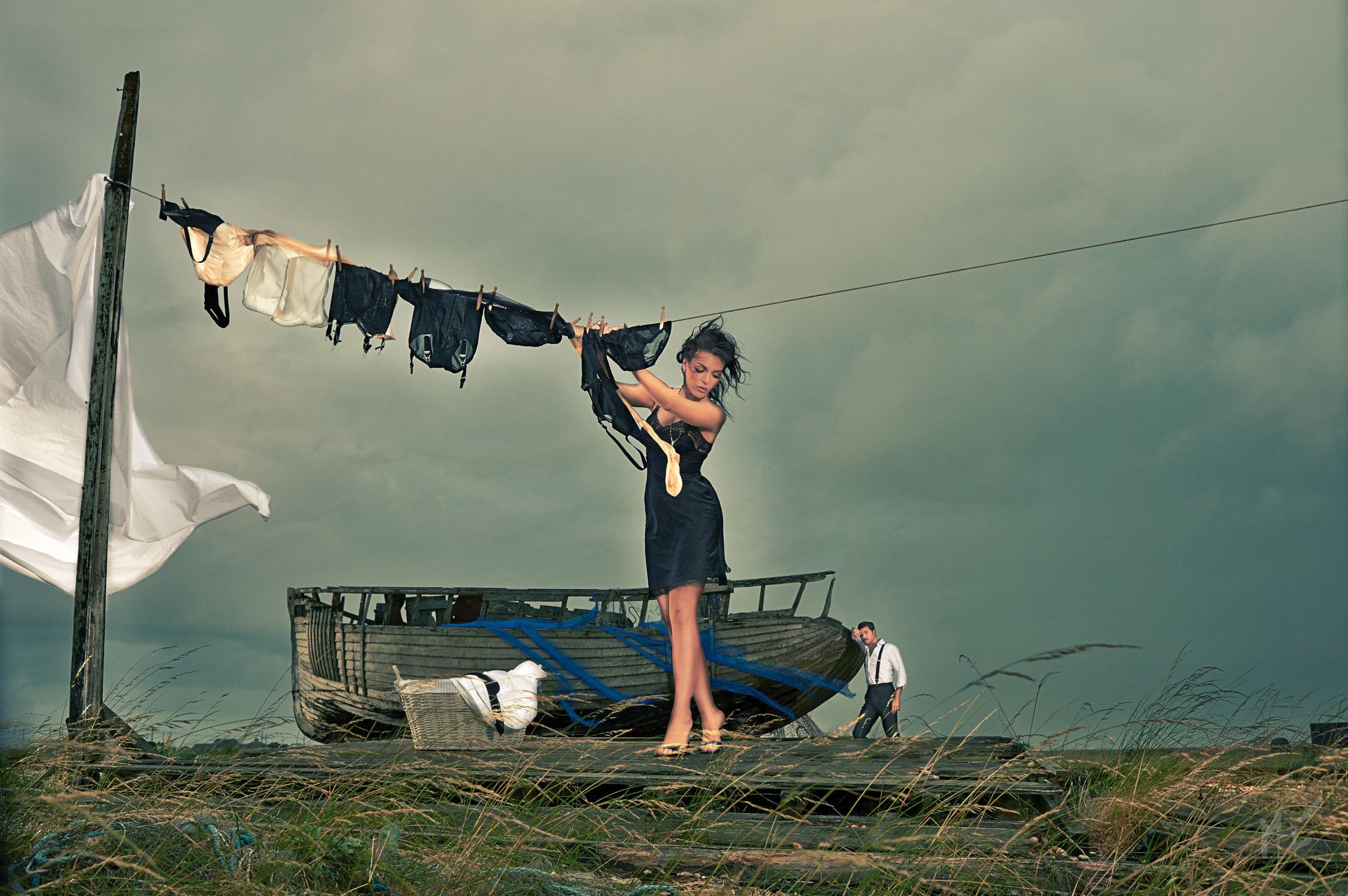 the washing line - main