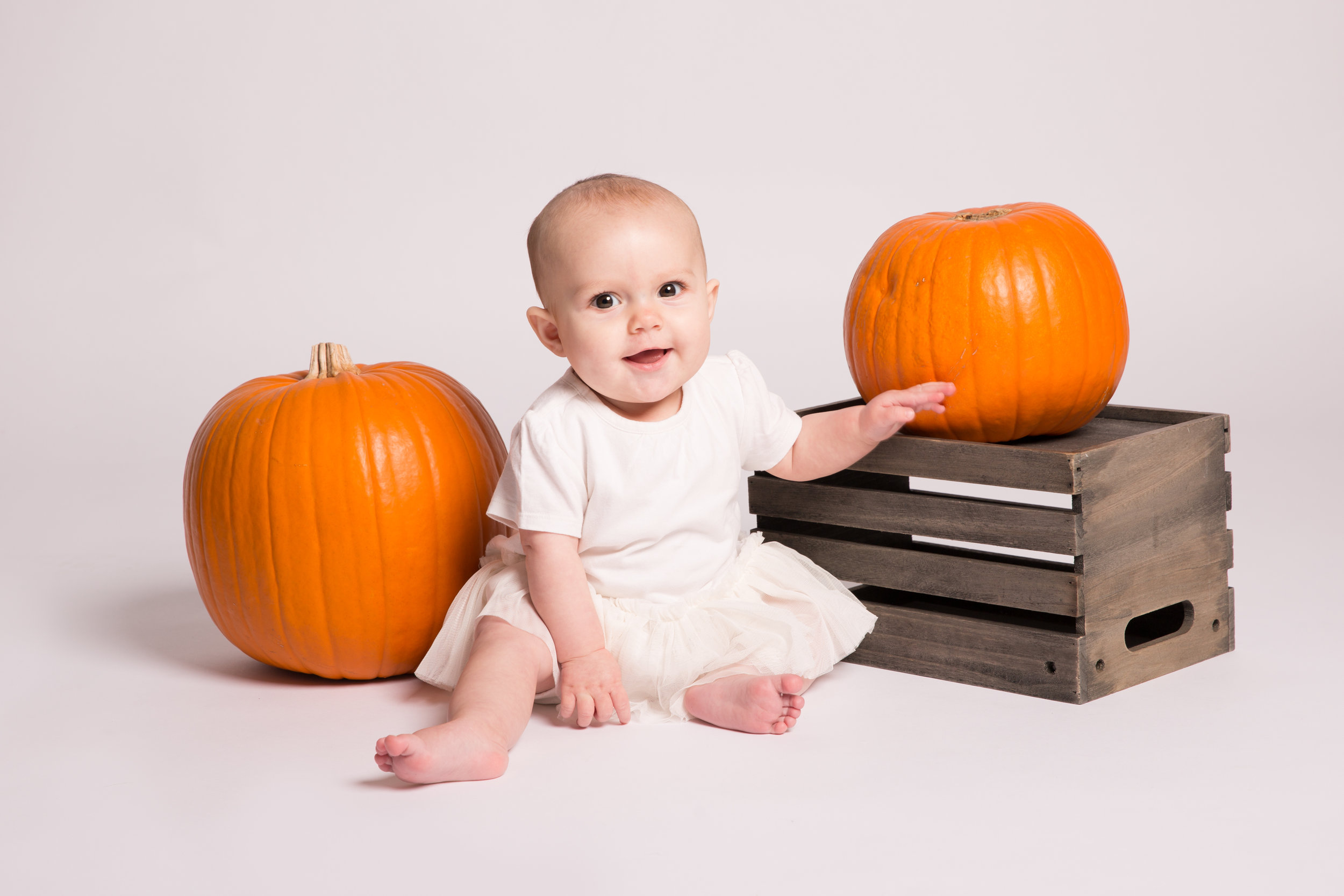 halloween-themed-baby-photo