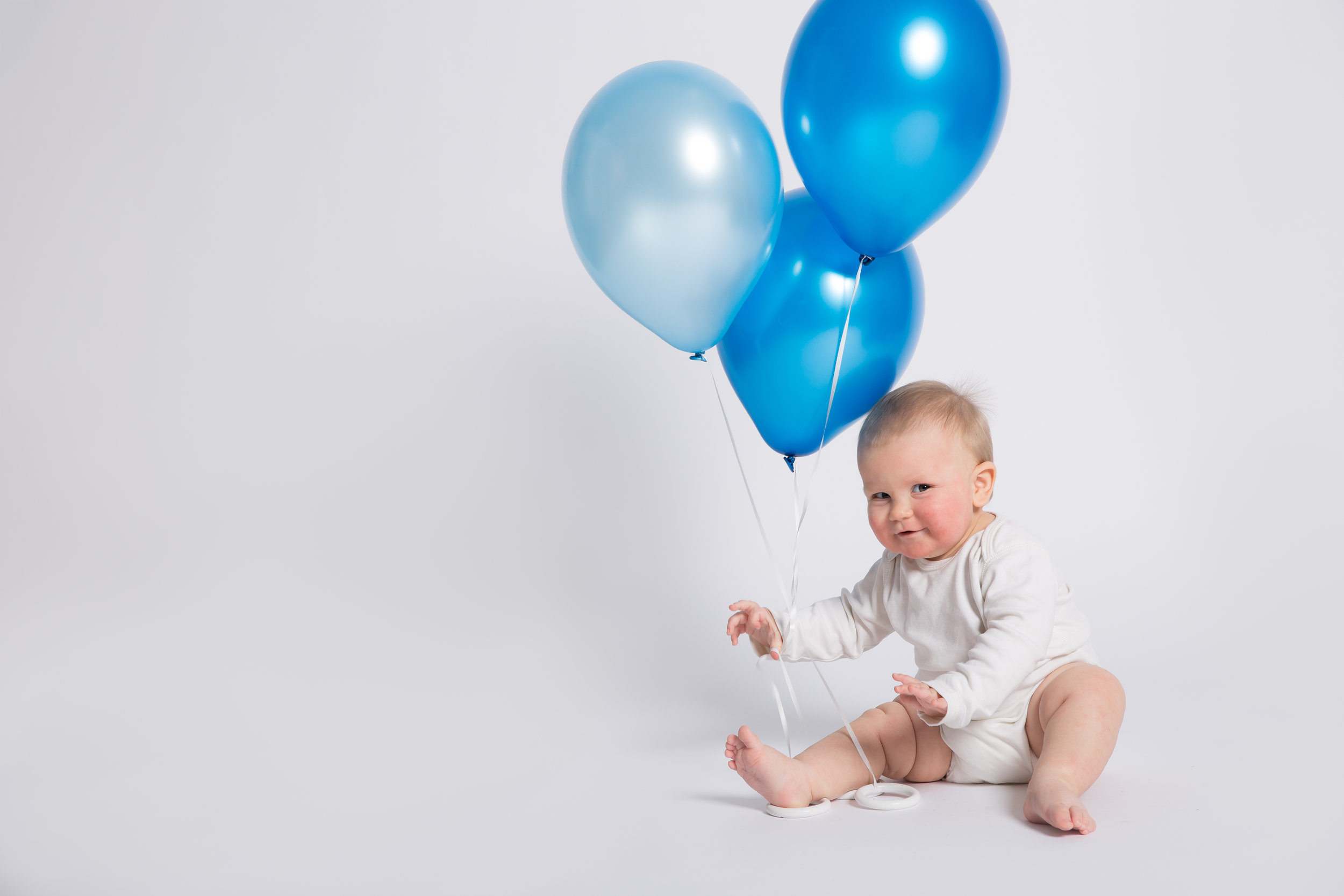 birthday-balloons-baby-photo-blue