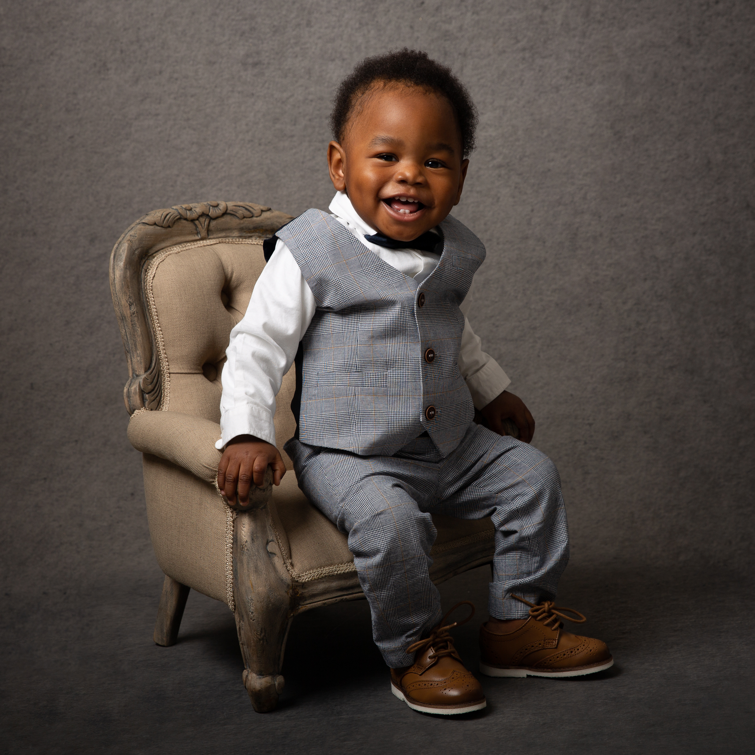 baby-boy-studio-photo-sitting-armchair-east-london-photographer.jpg