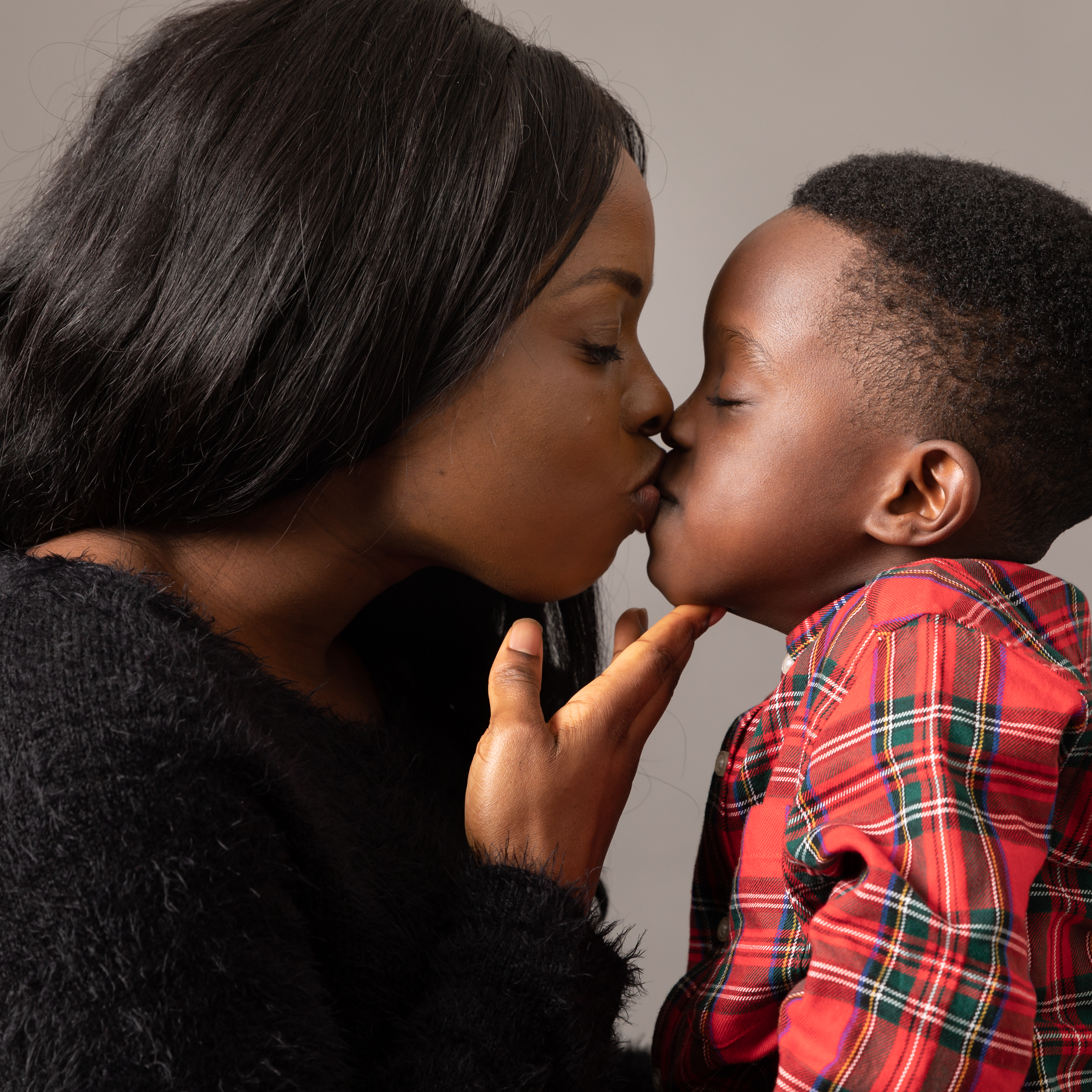 mother-son-kiss-london-studio.jpg