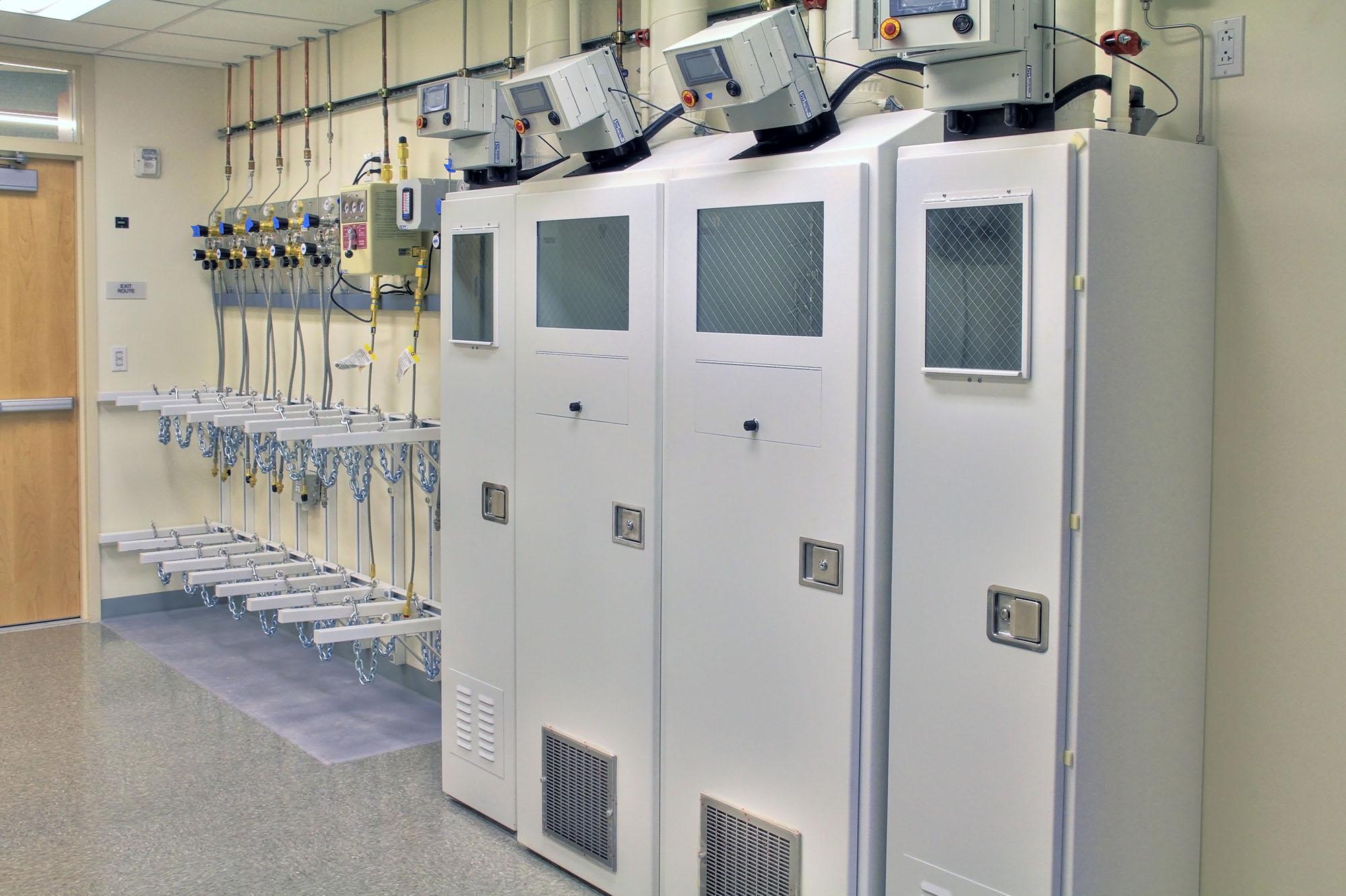 Laboratories_PPC_0004s_0002_Schlinger Lab.jpg