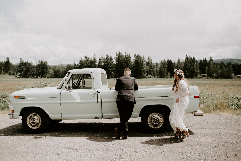TacomaWashingtonBohemianForestWeddingDawnCharlesPhotographer-60.jpg