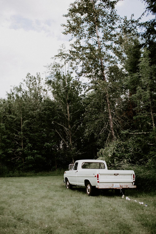 TacomaWashingtonBohemianForestWeddingDawnCharlesPhotographer-214.jpg