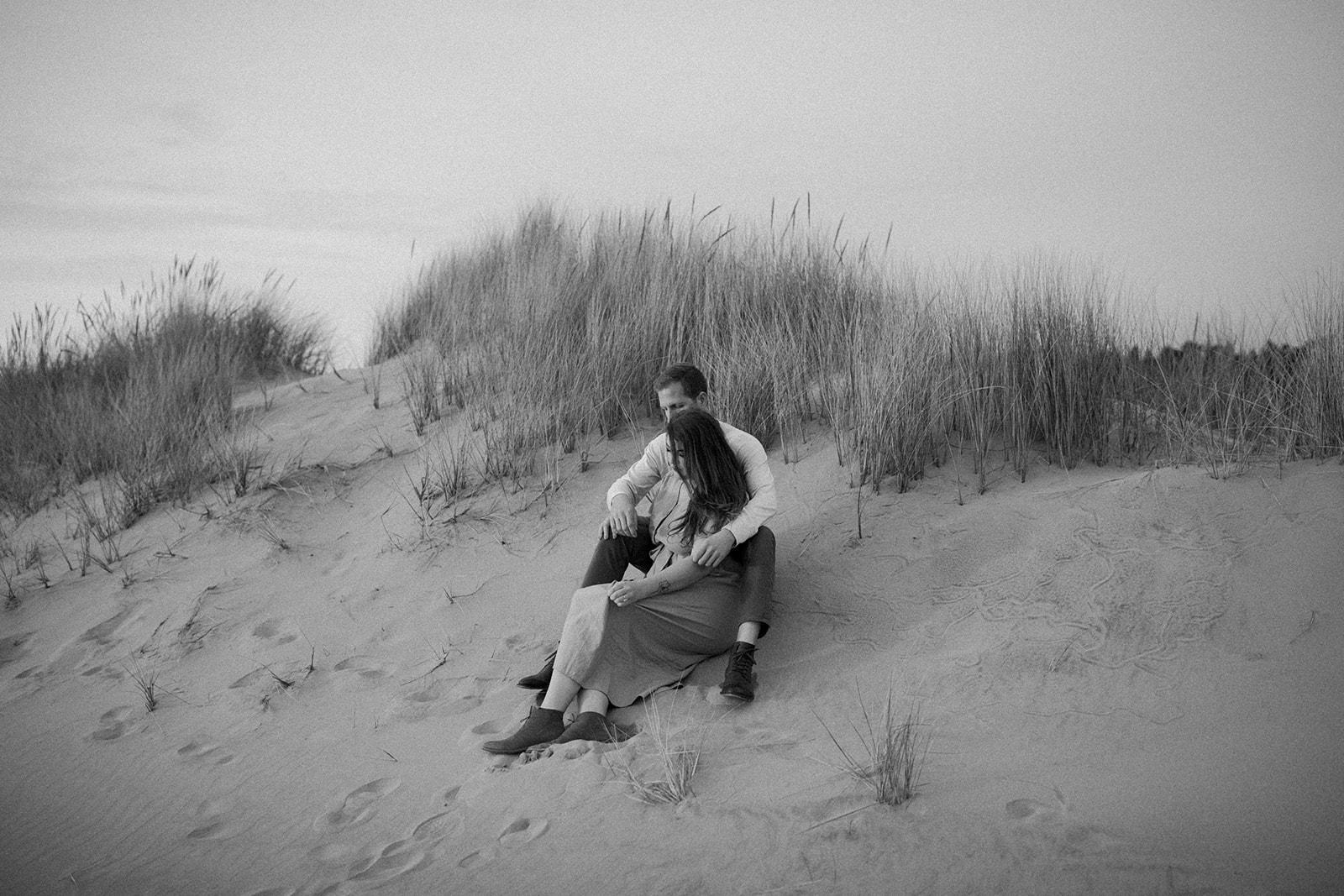 Emily_and_Jeff_Oregon_Coast_Engagement_Dawn_Charles_Photographer-275.jpg