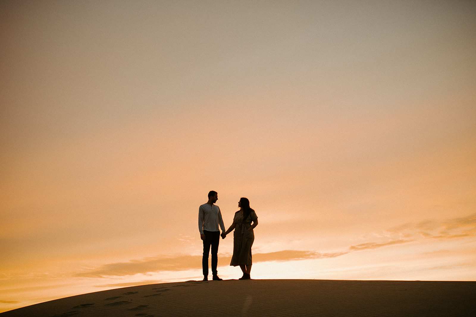 Emily_and_Jeff_Oregon_Coast_Engagement_Dawn_Charles_Photographer-345.jpg