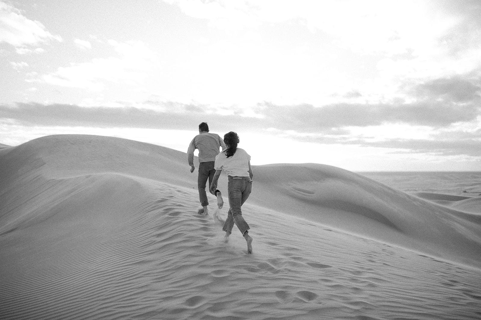 Imperial_Sand_Dunes_Linda_and_Sam_Dawn_Charles_Photographer-4.jpg