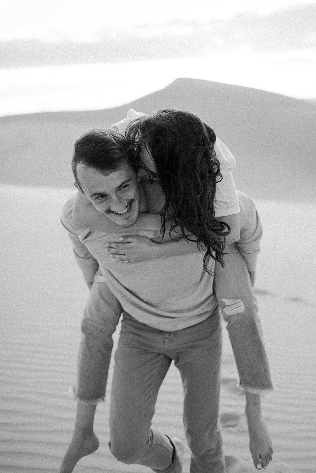 Imperial_Sand_Dunes_Linda_and_Sam_Dawn_Charles_Photographer-29.jpg