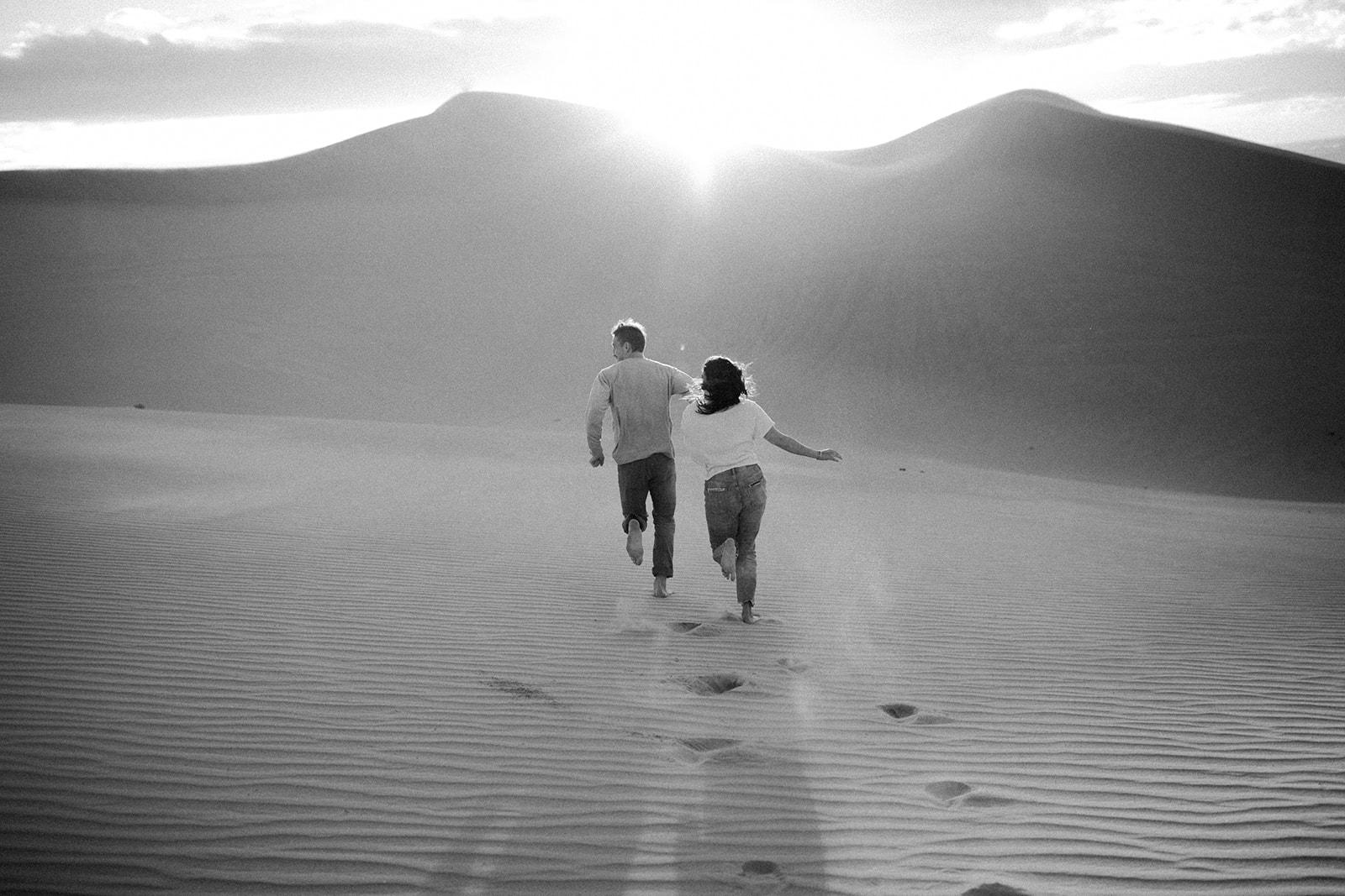 Imperial_Sand_Dunes_Linda_and_Sam_Dawn_Charles_Photographer-78.jpg