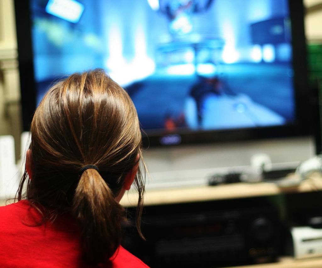 7.3 Woman Gaming – Joann vs. GLaDOS, ginny, Flickr