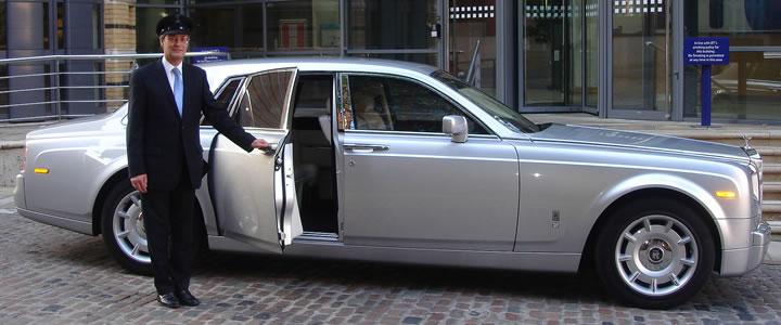 8.4 Chauffer & Limousine – Public domain