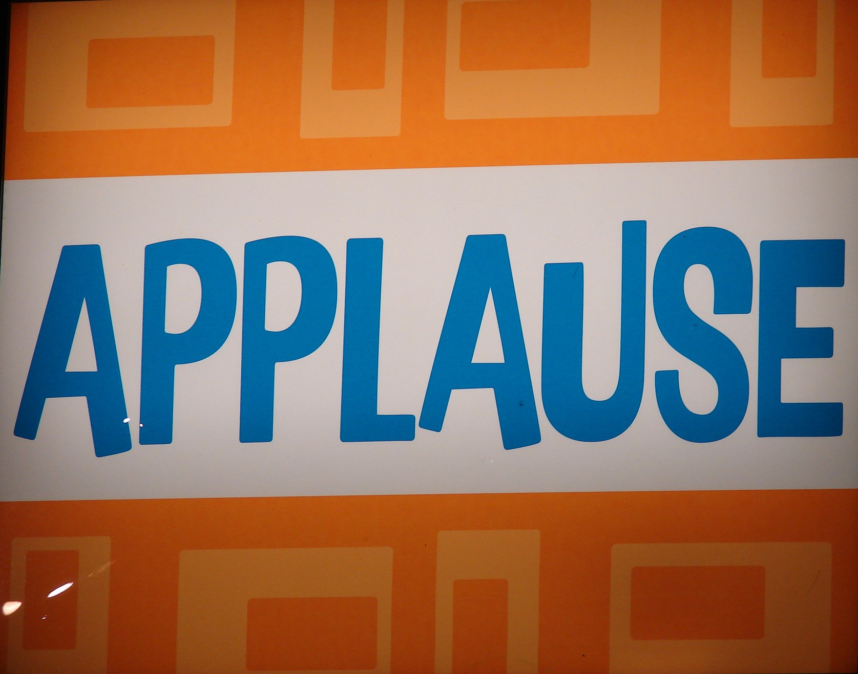 10.4 Applause – Kevin Standlee, Flickr