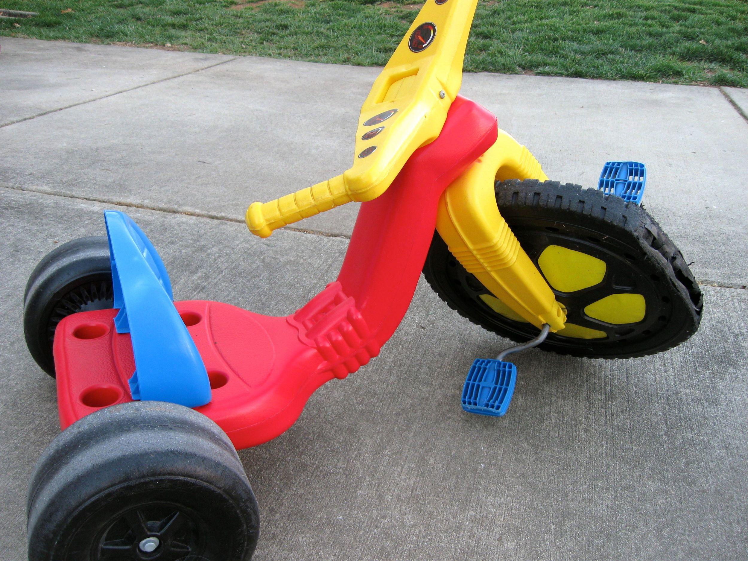 2.2 Big Wheel – © Karen Brewer Grossman, mominthemuddle.com/tag/memories/ by