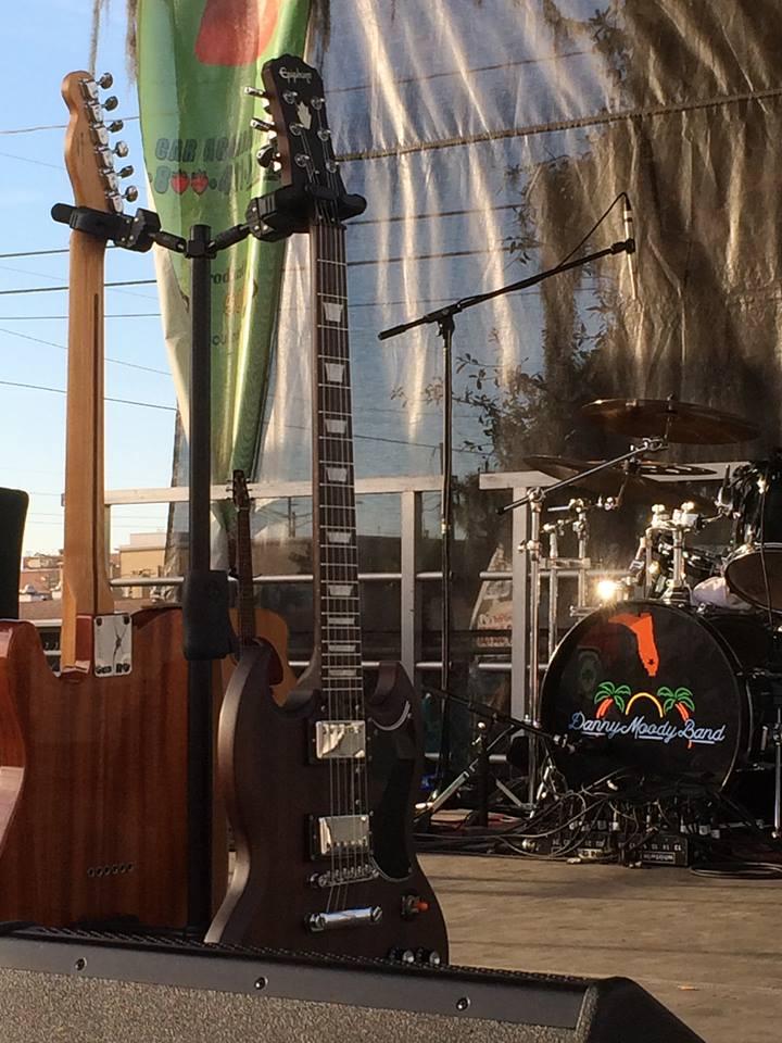strawguits&drums.jpg