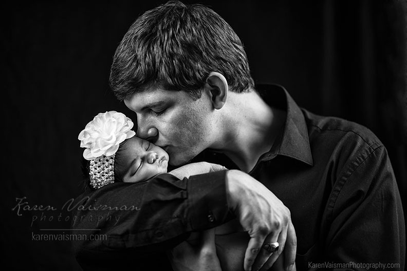 father-baby-love-karenvaisman-photography-thousandoaks-westlakevillage-oakpark-malibu-calabasas.jpg.jpg
