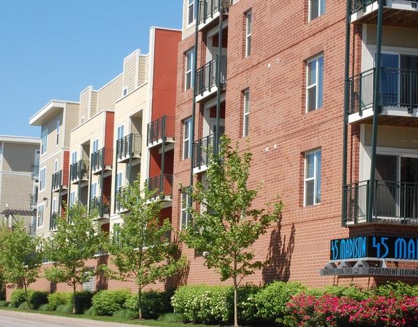 45 Madison-Kansas City, Missouri   Apartment Community - 132 Units