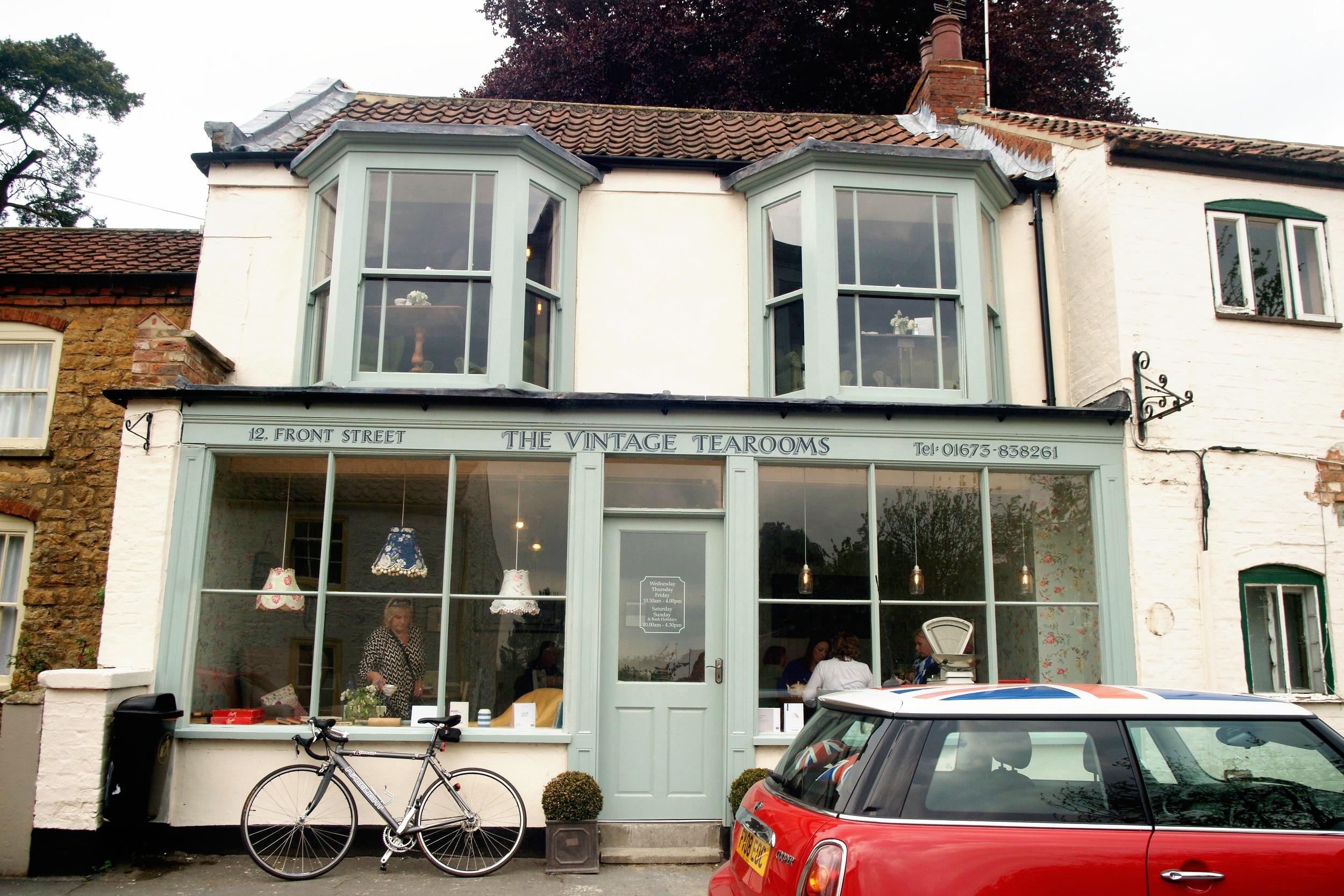 vintage+tearooms+front.jpg