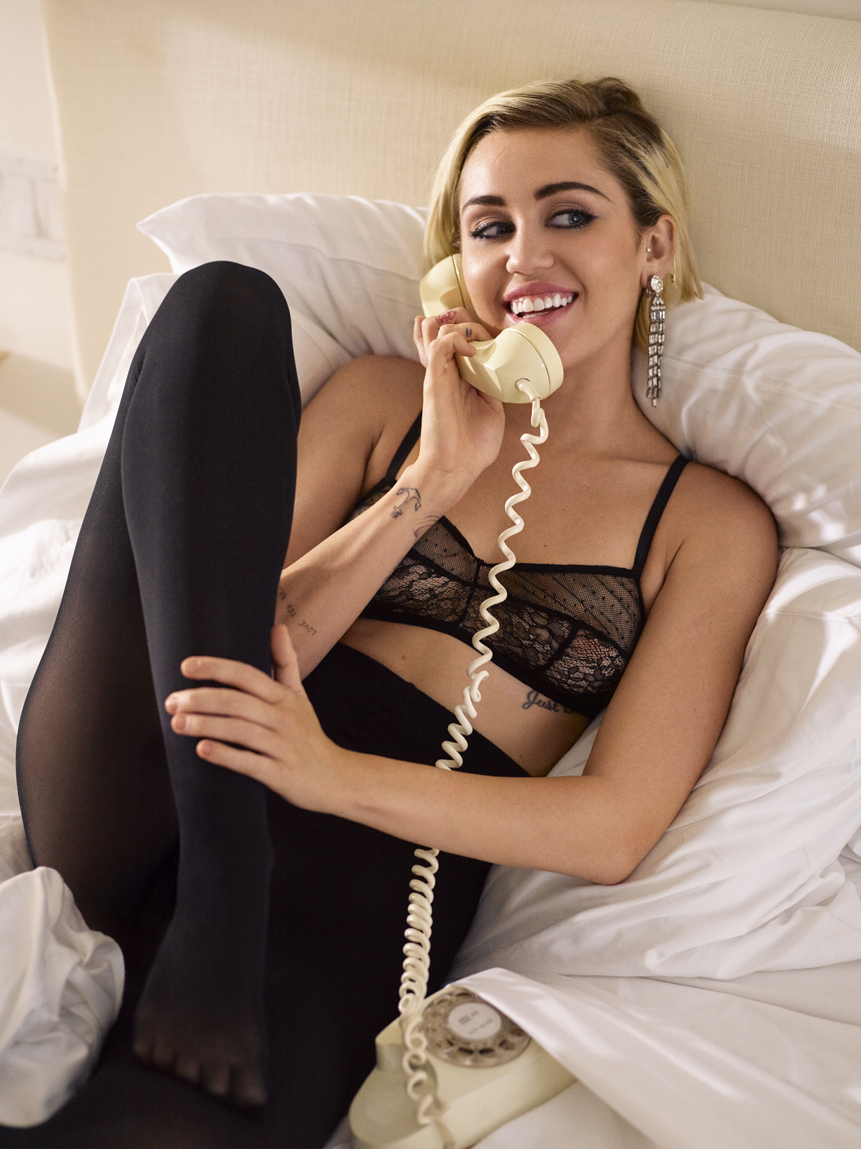 Seliger_Marie_Claire_Miley_Cyrus9.jpg