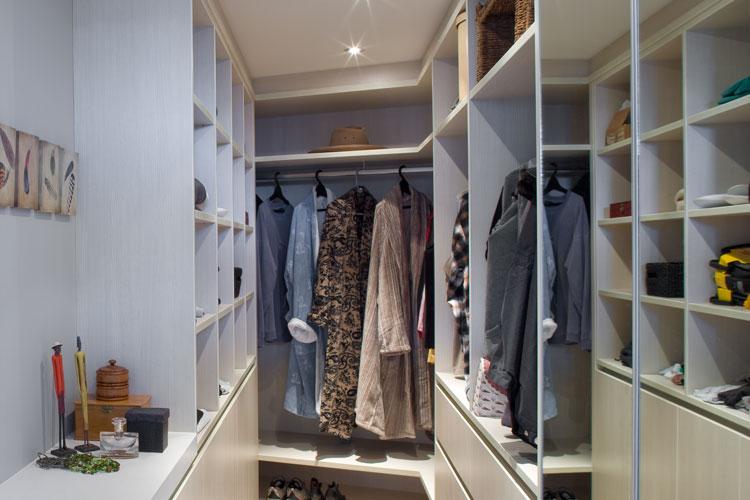 Spacious wardrobe redesign