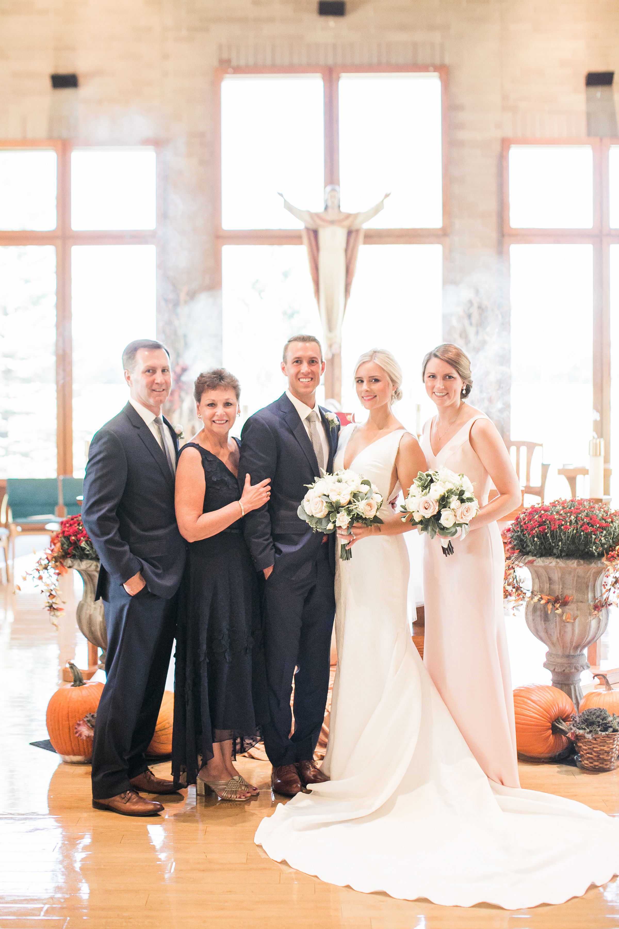 Wedding Family Photo Ivory and Bliss Photography.jpg