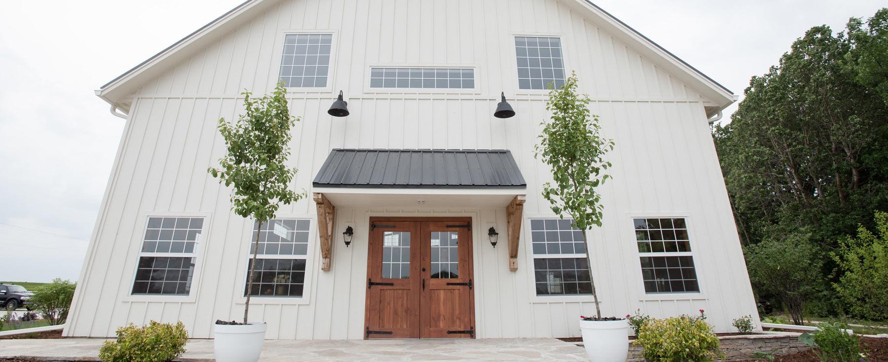 Peck and Bushel Barn Wedding Venue.jpg