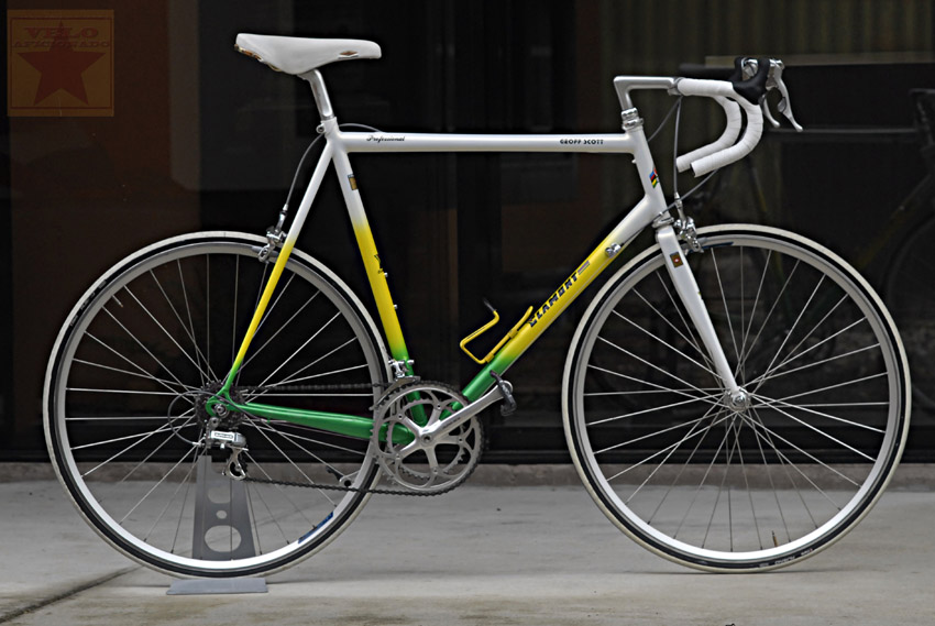 geoff-scott-custom-bike.jpg