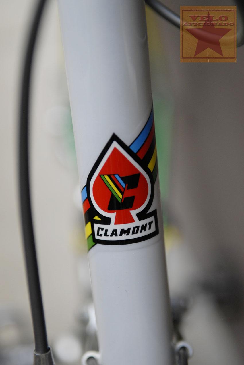clamont-bicycle-head-badge.jpg