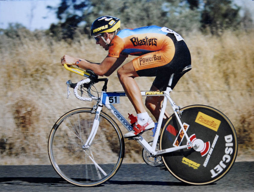 snake-cycling-cannondale-bicycle.jpg