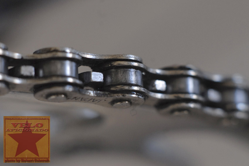 one-eighth-track-bicycle-chain.jpg