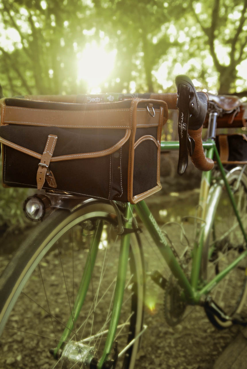 Voyageur Llewellyn bicycle at sunset