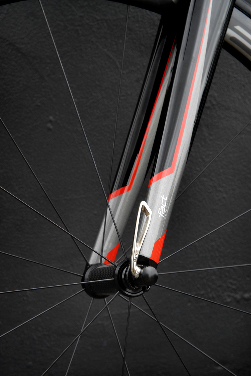 Roval Rapide CLX 40 with CeramicSpeed bearings