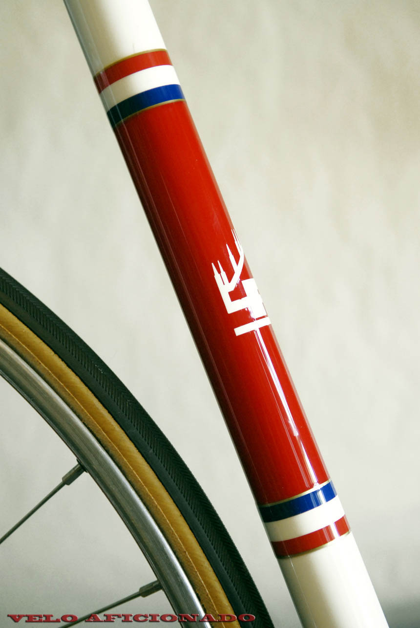 Joe hand painted the frame without the use of decals, making custom stencils for the design