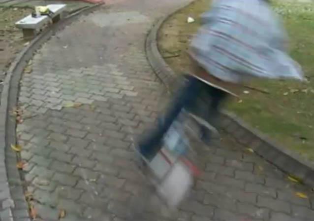 bike-drift-boy-enzo-chen.jpg