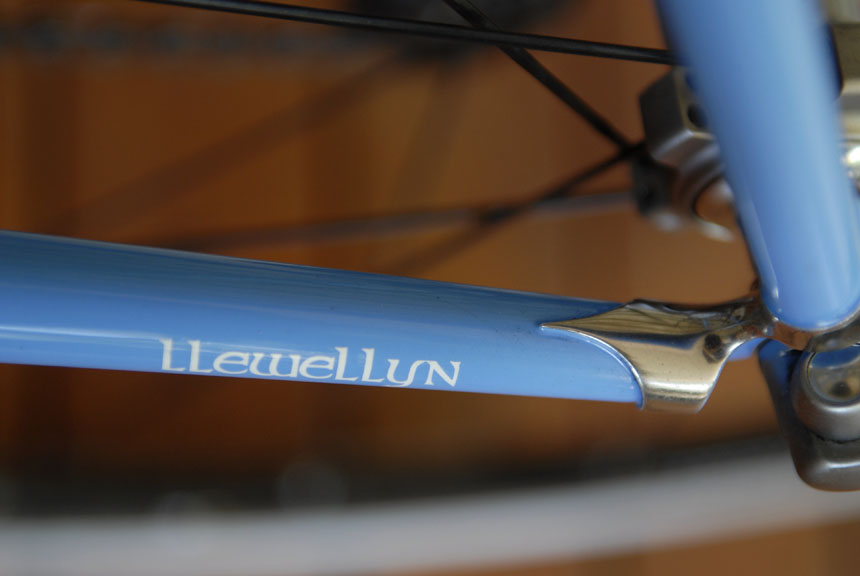 Hand polished stainless steel lugs give Caskey's Llewellyn bike a traditional look.