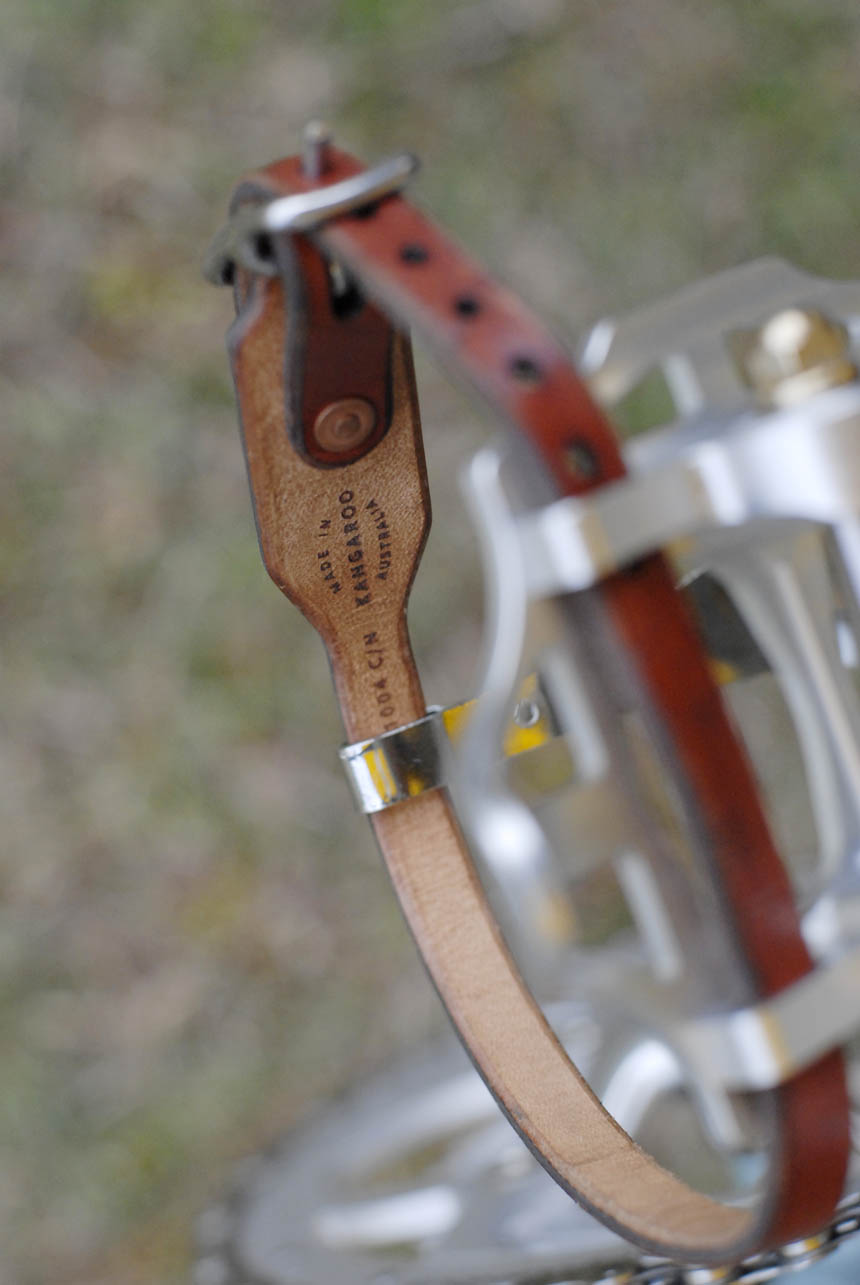 Patebury handmade kangaroo leather toe straps