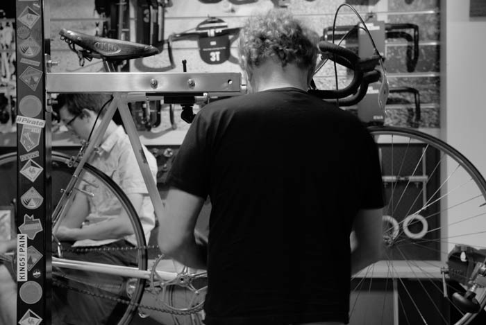 Greg Softley assembles the 1946 Stucchi with Tulio Campagnolo's invention, the Cambio Corsa gear change.