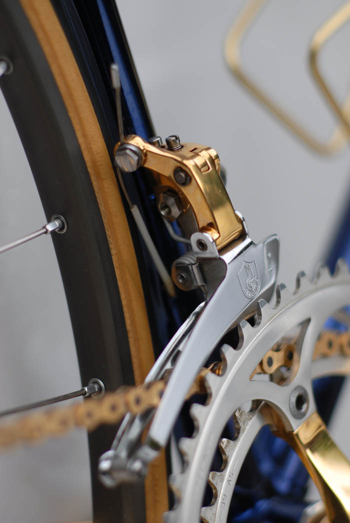 Gold plating by Ital Cicli Systems Zurich on C Record front derailleur.