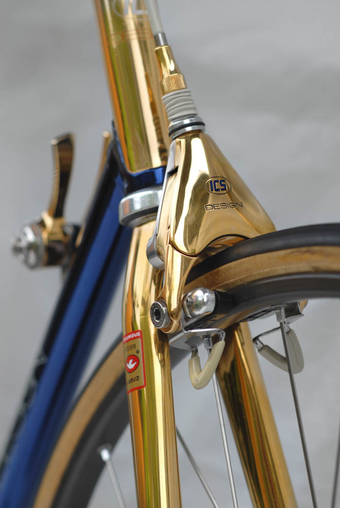 ICS Design engraved and hand painted Campagnolo components.