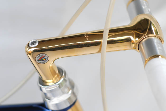 Cinella 1 R gold plated quill stem.
