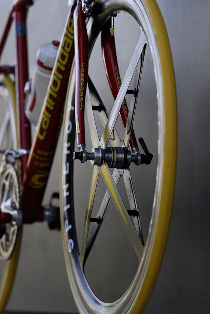 Spinergy rev X yellow stiffeners fitted to these wheels, the softest of the three options, blue intermediate and red the stiffest.